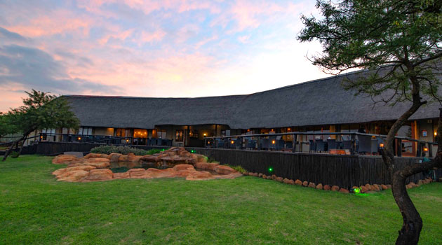 springbok lodge, nambiti, game, reserve, private, lodge, tented, battlefields, kwazulu natal, natal, malaria free, accommodation, offering, big 5, tented